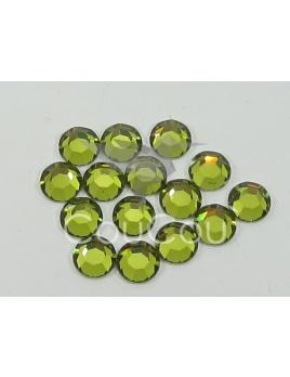 Lt Olivine - 144 kameňov / 1 gross  (veľkosť 7 až 7,2 mm) SS34
